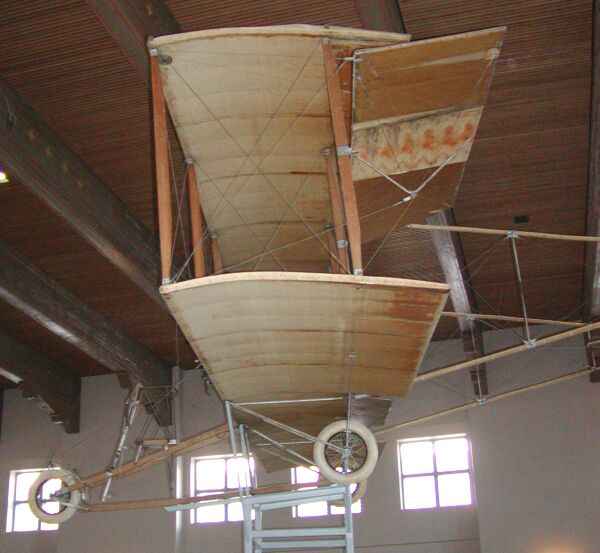 Ford Dealership Decatur: The Ingram/Foster 1914 Biplane